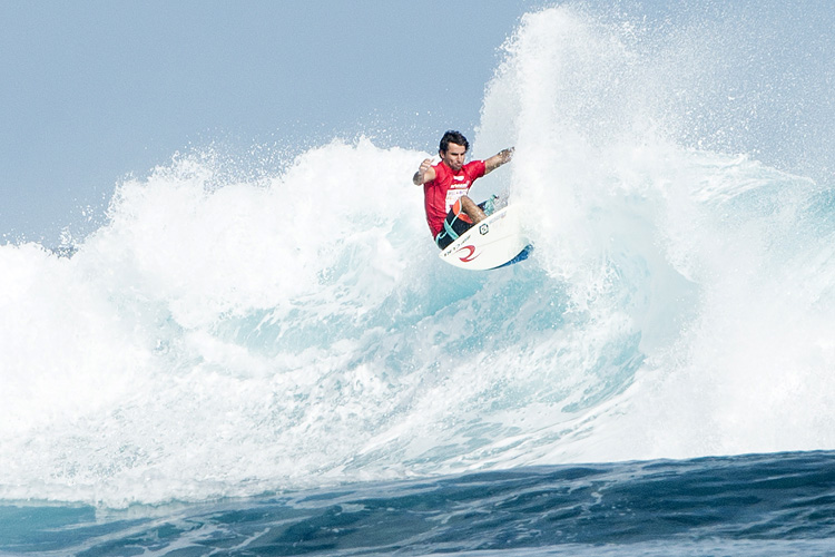 Bruno Santos: fifth wildcard into Teahupoo | Photo: Robertson/WSL