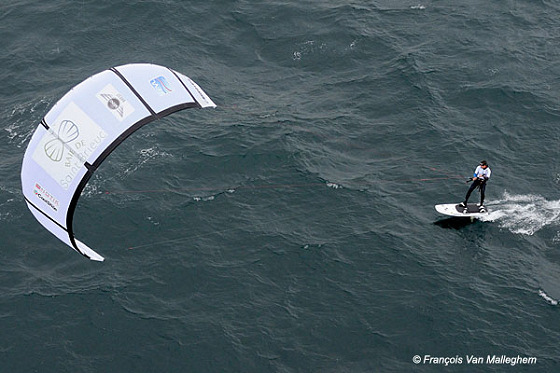 Bruno Sroka: the English Channel kite king