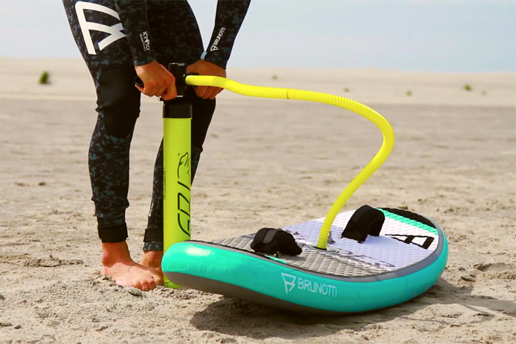 Brunotti RDP Glider: world's first inflatable kiteboard