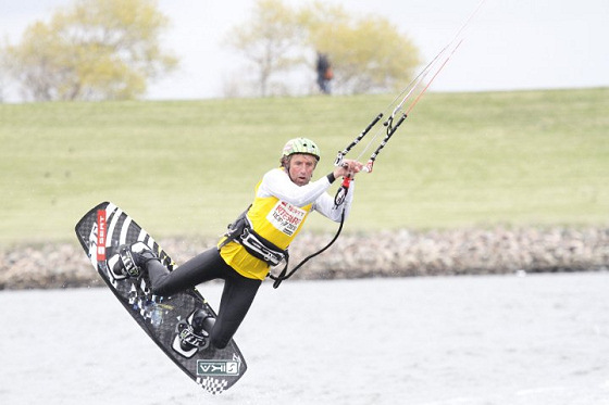 German Kitesurf Trophy at Büsum: helmets are safe