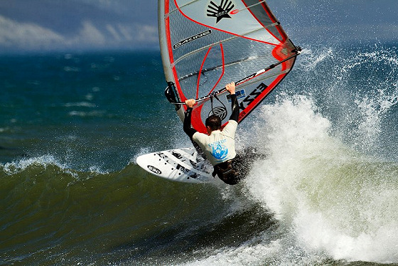 American Windsurfing Tour: green water is rare