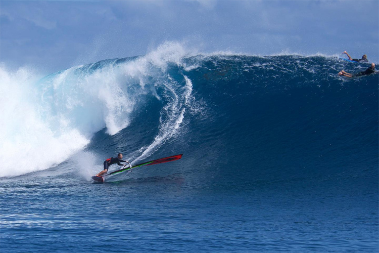 Camille Juban: bottom turning at Cloudbreak | Photo: Aerial Video Maui