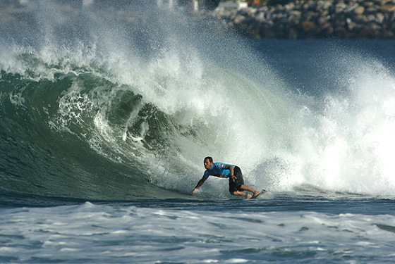 Local surfers clear first rounds of the Quiksilver Pro Puerto Escondido