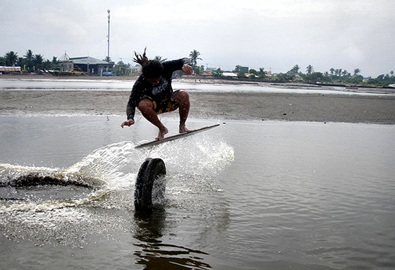 Cavite Skimfest III: Philippine riders shine in the town of Rosario