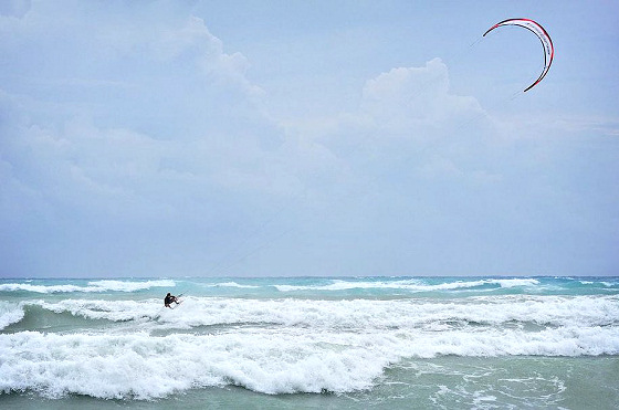 Cayman Islands: a kiteboarding heaven in the Caribbean Sea