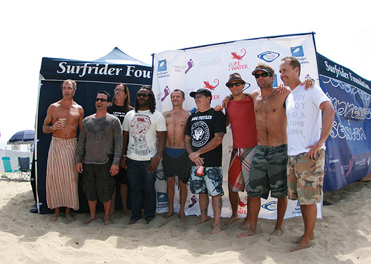 Celebrity surfers join Surfrider Foundation