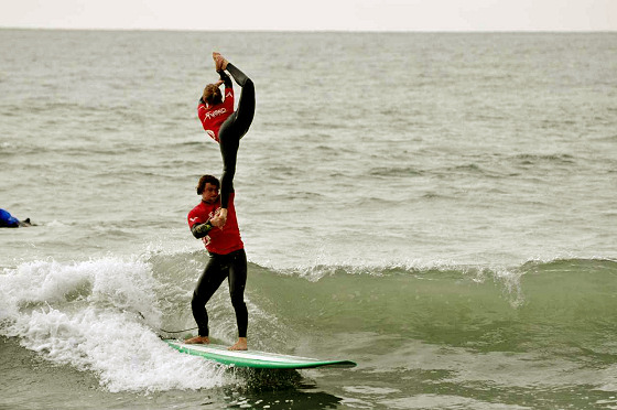 Clement Cetran and Dhelia Birou: the best world surfing dancers