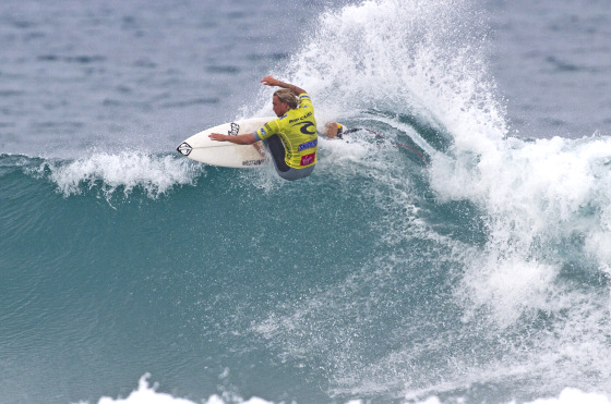 Chris Davidson: power surfing