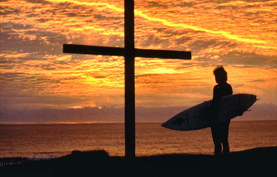 Christian Surfers: faith and passion in surfing