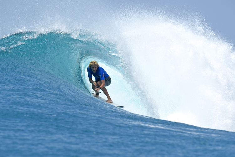 Chris Zaffis: barreled at Lance's Right | Photo: Bennett/WSL