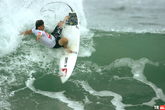 Clay Marzo claims the 2009 Quiksilver Pro Puerto Escondido