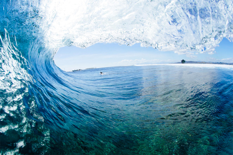 Cloudbreak: the view from inside the barrel | Photo: Sloane/WSL