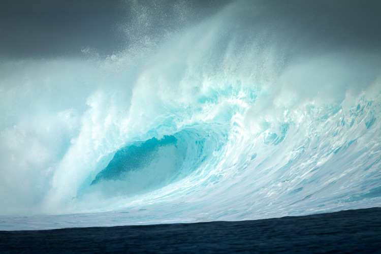 Cloudbreak: a dreamy yet sometimes unpredictable left-hand wave | Photo: Shutterstock