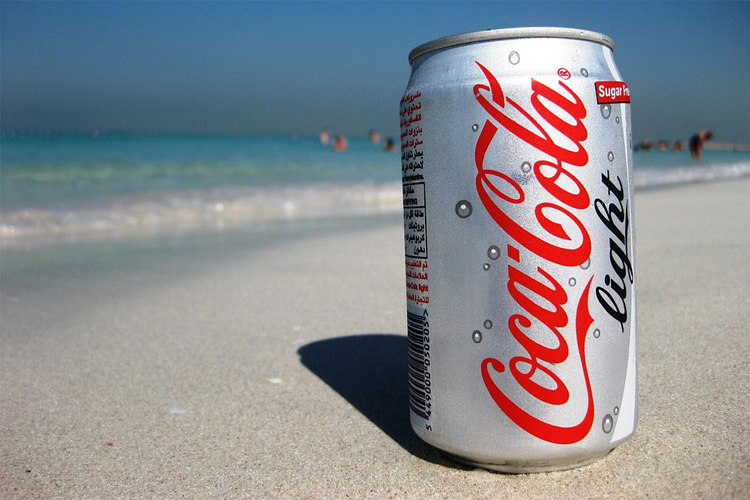 Coca-Cola: responsible 15.5 percent of packaging pollution on UK beaches | Photo: Creative Commons