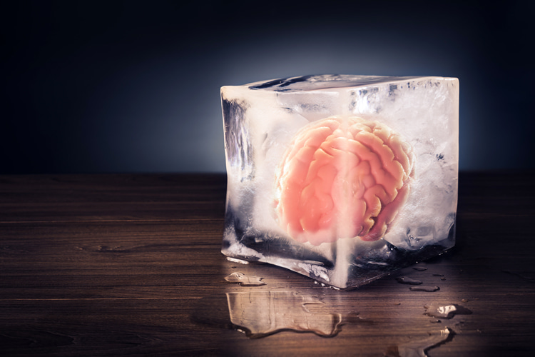 Cold stimulus headache: a condition that is triggered when something cold stimulates any area of our head | Photo: Shutterstock
