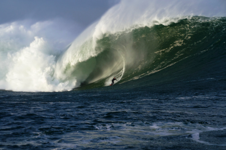 Conor Maguire surfs historic swell at Mullaghmore Head