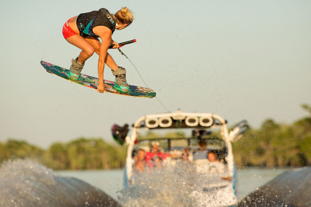 Corrie Wilson: a complete wakeboarder | Photo: O'Neill