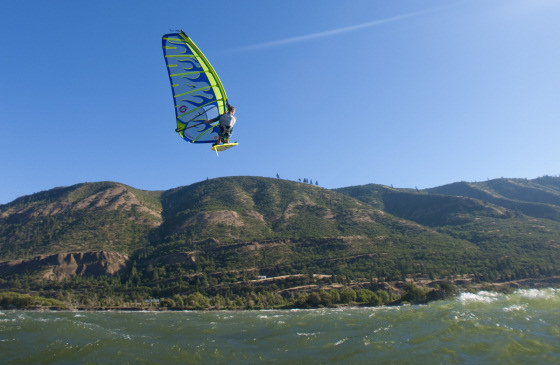 Dale Cook: the Gorge wind flyer