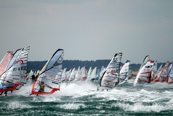 2010 Défi Wind: 1000 windsurfers is considered crowded
