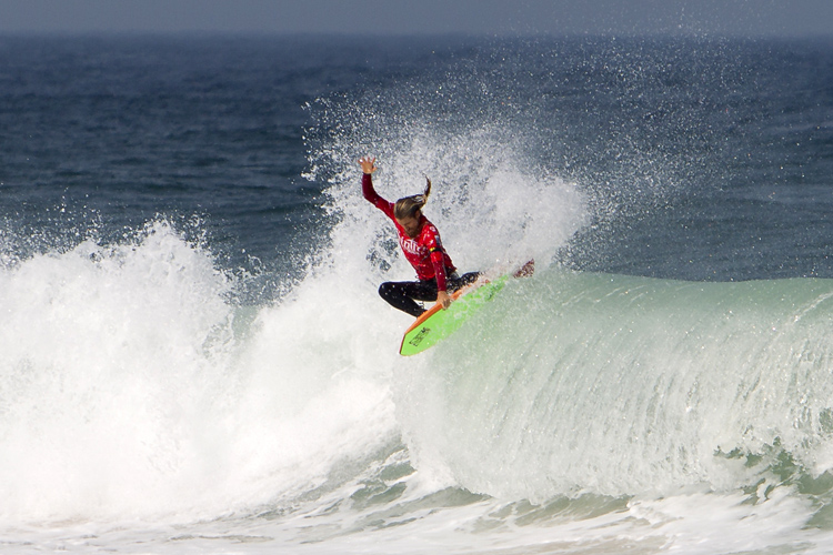 Drop-knee bodyboards: they often feature a lower wide-point | Photo: Silva/Red Bull