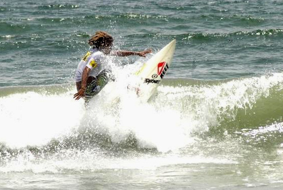 Northeast Surfing Championship 2010, in the Dominican Republic: small waves but plenty of action