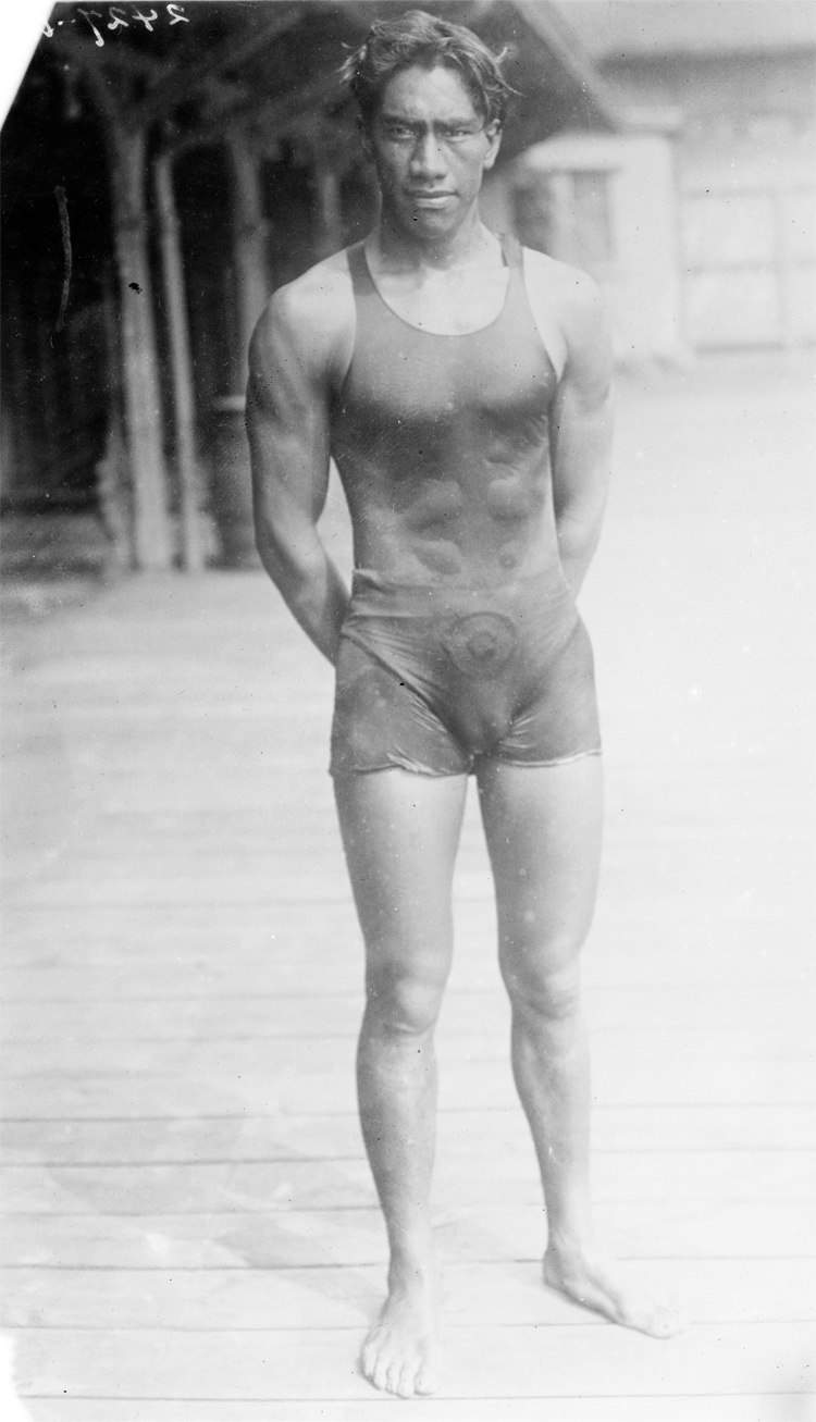 Duke Kahanamoku | Photo: Library of Congress