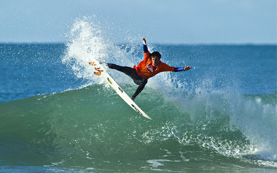 Dune Kennings: the future of Kiwi surfing