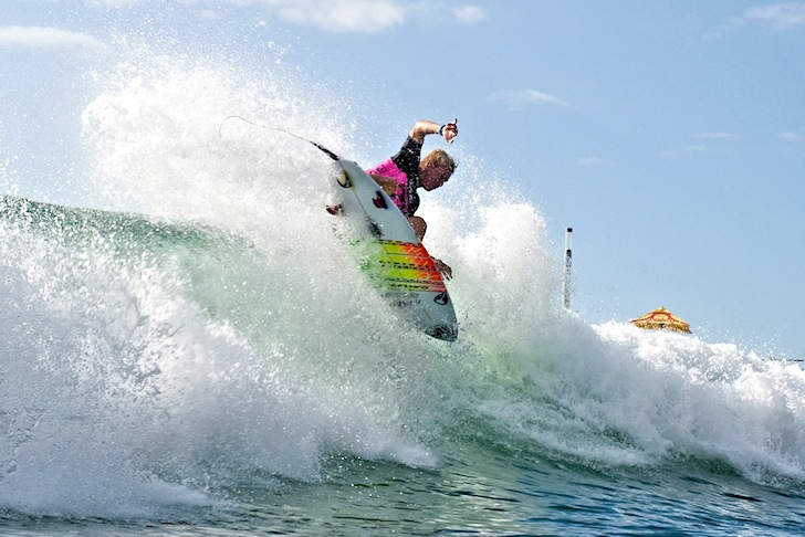 Dylan Lightfoot: an expert in the Supertubes arena