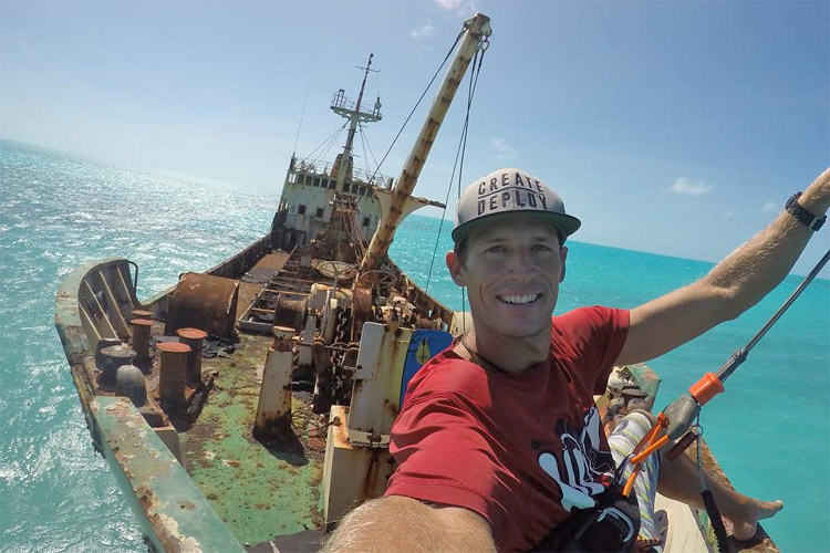 Dylan Shewfelt: he jumped off a shipwreck in Turks and Caicos