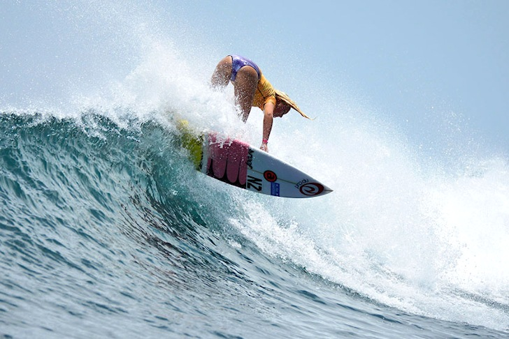 Ella Williams: chasing medals at the ISA World Surfing Games | Photo: ISA/Michael Tweddle