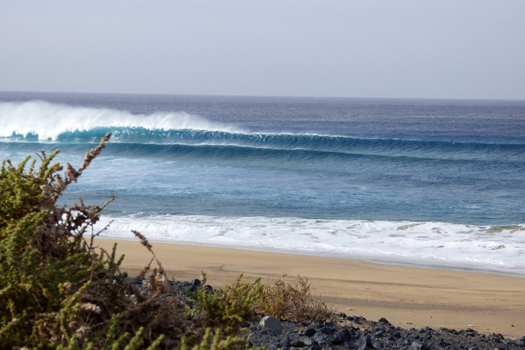 El Tubudero: where A-frame waves and barrels come to life