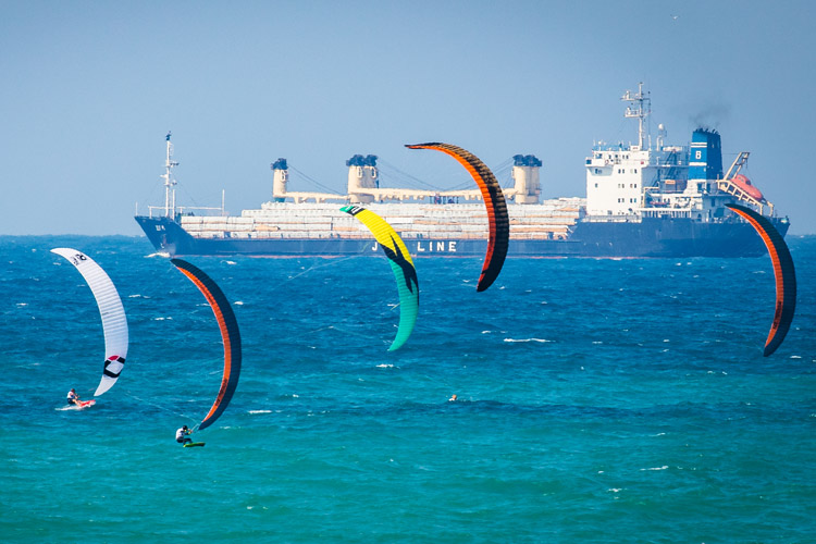 2017 Formula Kite European Championships: kites over Istanbul | Photo: IKA