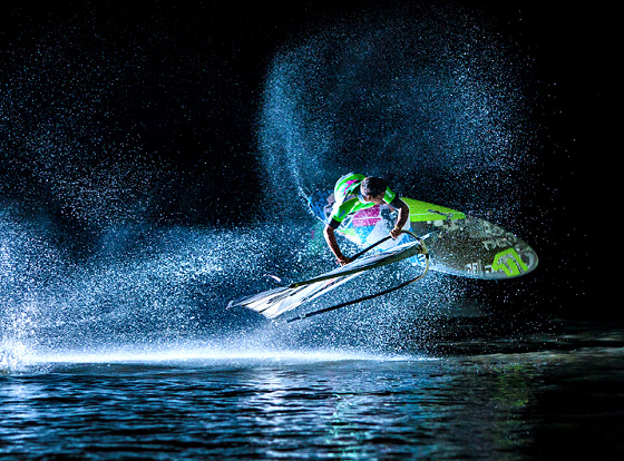 European Freestyle Pro Tour: night tow-in activities