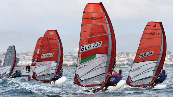 2011 RS:X Youth World Windsurfing Championships: there's a pizza for everyone in the finish line