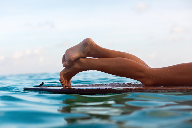 Surfing: a sport with the grace, elegance, gentleness and style that are often associated with women | Photo: Shutterstock