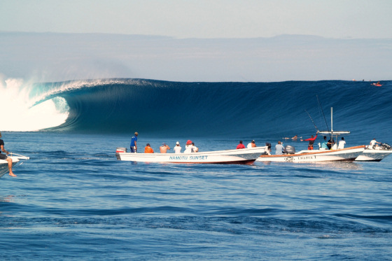 Cloudbreak: is that a wave sent by God?