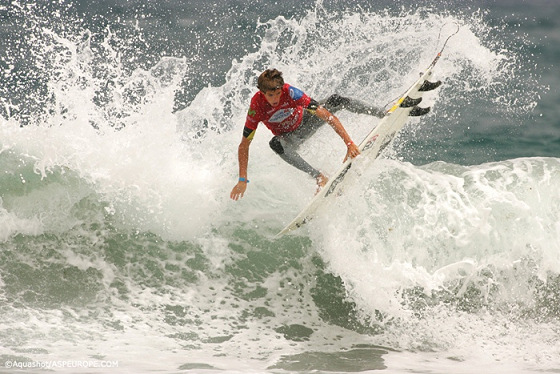 Filipe Jervis: a tactic surfer