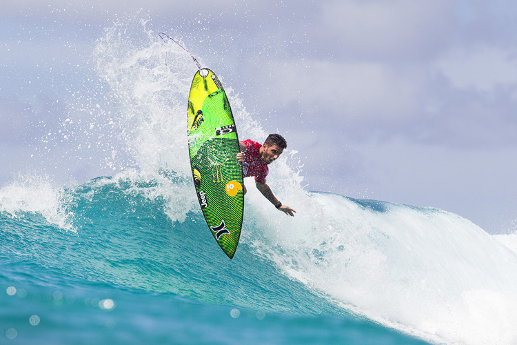 Filipe Toledo: starting strong at Snapper Rocks | Photo: Cestari/WSL