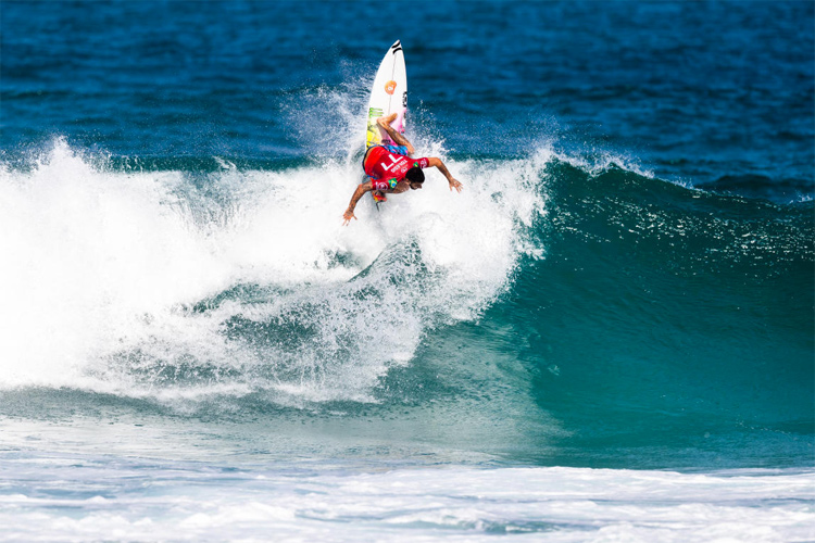 Filipe Toledo: he won the Oi Rio Pro 2019 and then sought help | Photo: Poullenot/WSL