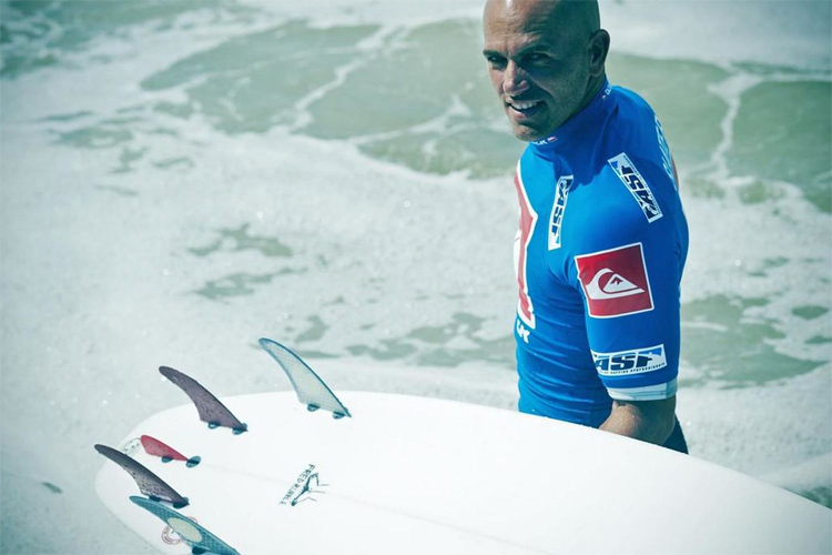 Five-fin setup: Kelly Slater approves the Nubster, the fifth surfboard fin