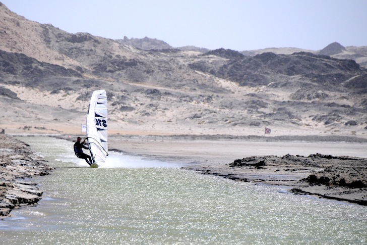 Flat water spots: a windsurfing/kiteboarding highway | Photo: Luderitz Speed Challenge/Karine Terrien