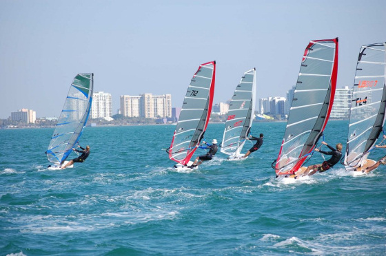 Florida Windfest: wind, sails and tall buildings