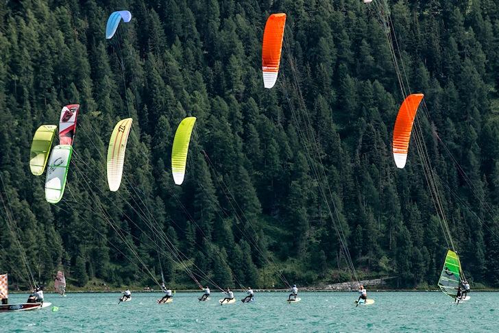 Foil kites: controversy flies high | Photo: Team Bridge