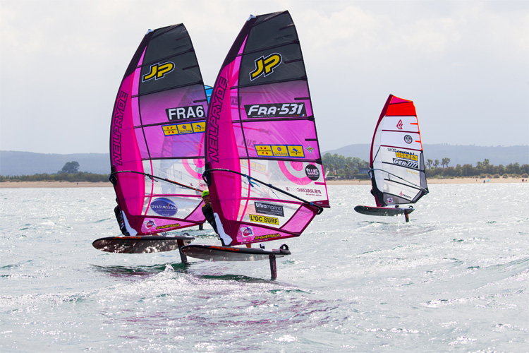 Foil Windsurfing: it's all about hydrofoils | Photo: Carter/PWA