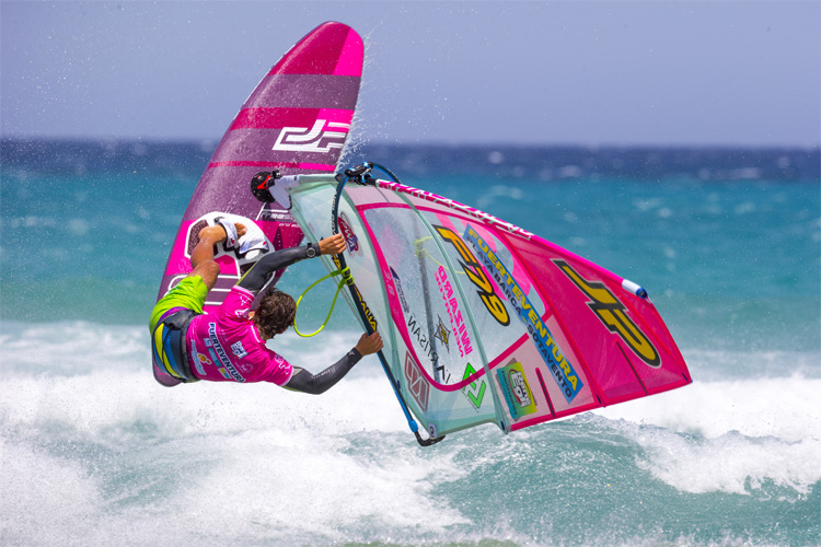 Freestyle windsurfing: judges want to see diversity, technical skill and style | Photo: Carter/PWA