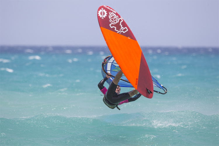 Freestyle windsurfing: one of the most popular windsurfing disciplines | Photo: Carter/PWA