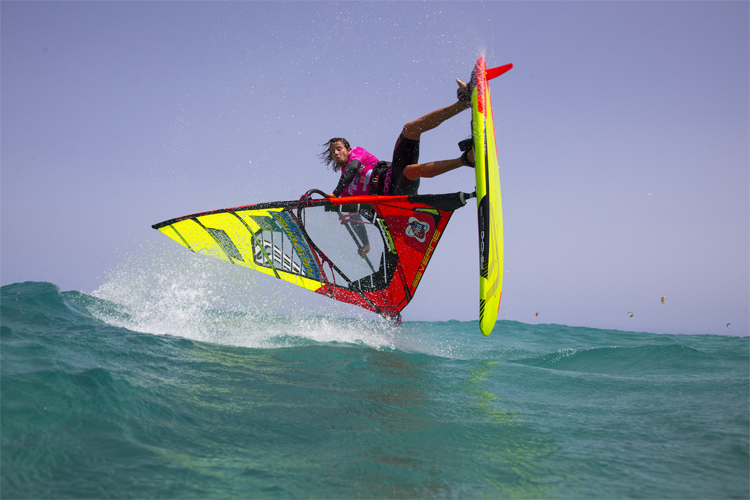 Freestyle windsurfing: the overall impression of an athlete's performance is key to success | Photo: Carter/PWA