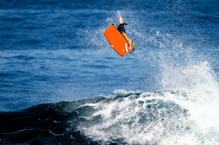 Manny Vargas joins the Free Surf World Tour