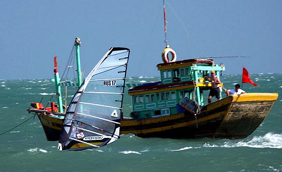 Vietnam Fun Cup: boats also want to participate
