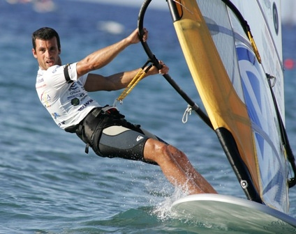 Clube Naval de Portimao will host the 2009 Formula Windsurfing Iberic Championships\